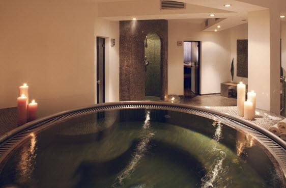 Imagine despre hotel holiday